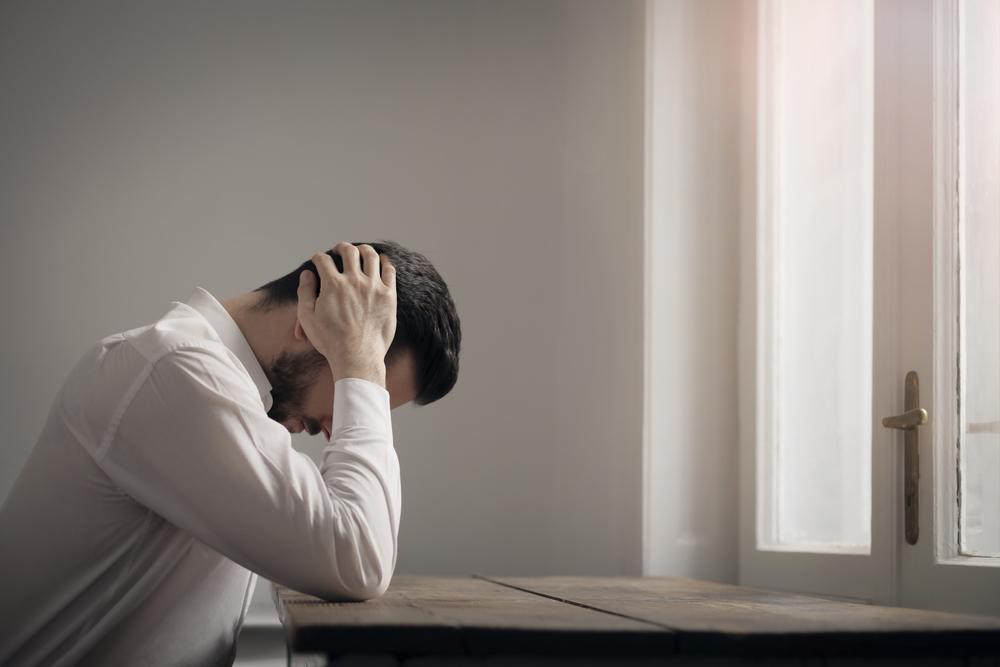 チンカスが目立つ?他の症状があれば男性カンジダ性亀頭包皮炎かも